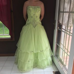 Bright Green Bling and Layered Gown
